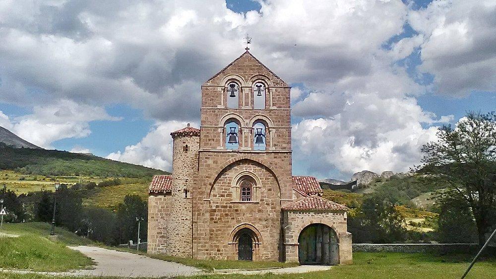 La iglesia en su entorno