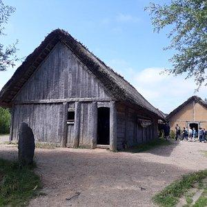 Wikingerbauten, Versammlungshaus