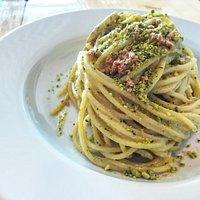 Bottarga and pesto pistacchio spaghetti