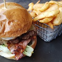 The beef burger with chips