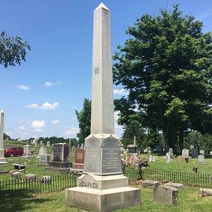Obelisk monument in Heavner Cemetery