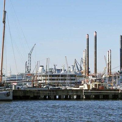 big cruise ship harbour