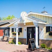 Harvest Cafe at Kitchen Kettle Village