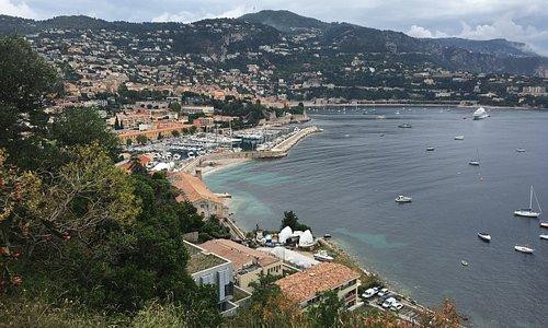 Vista da cidade e do mar