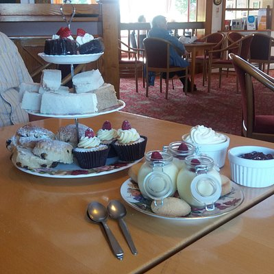 Had a fantastic afternoon tea ...everyone should try this. ..10/10 for taste quality and present