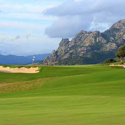 Murtoli Golf Links - Double green