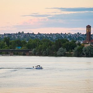 Located on the Missouri River, Great Falls is an ideal place to boat, fish, paddleboard, or kaya