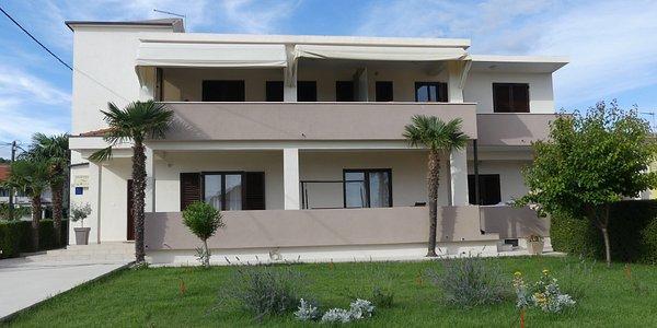 Nebu acento pasatiempo  APARTMENTS NIKO - Condominium Reviews (Sukosan, Croatia) - Tripadvisor