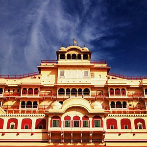 This is the time when I saw this place to be the most beautiful place in Jaipur. To every travel