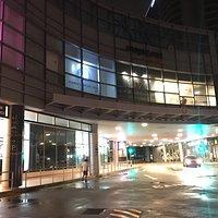 Alexandra Retail Centre (ARC)門口