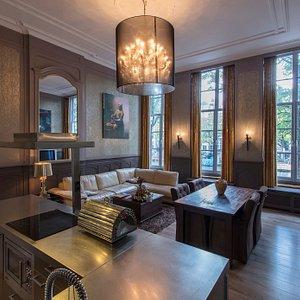 Dutch Masters Amsterdam Johannes Vermeer apartment Livingroom + Kitchen