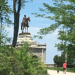 Grant monument