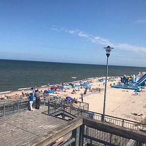 Główne zejście na plażę w Łazach