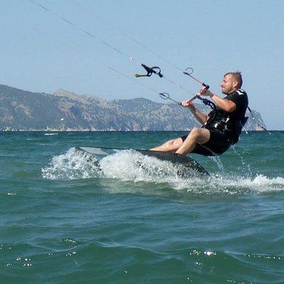 toisen käden leija Mallorca Pulse Flysurfer leija oppitunteja Mallorca heinäkuussa