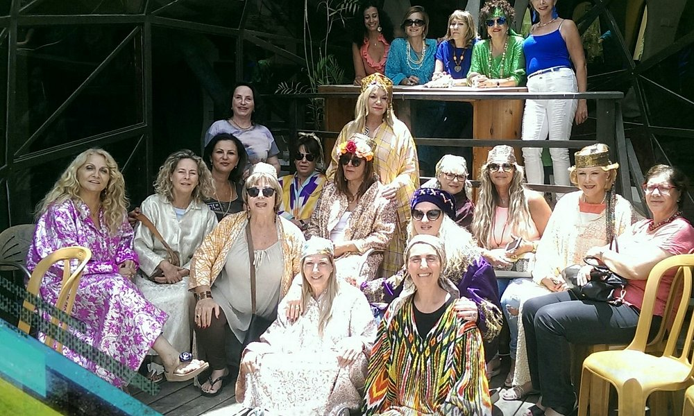 נשים יפות בבית הבוכרי