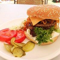 Farmer Burger, ohne Pommes nur €5