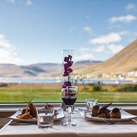 At Vid Pollurinn @ Hotel Isafjordur we serve local food