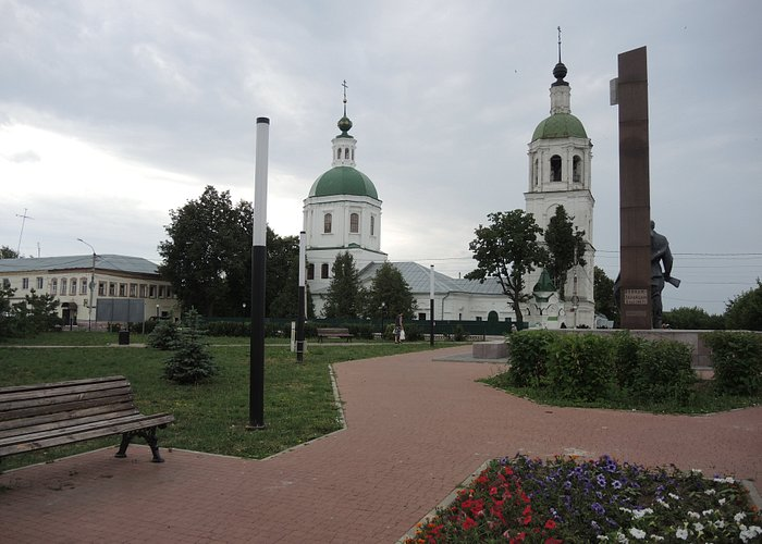 Церковь Троицы Животворящей.