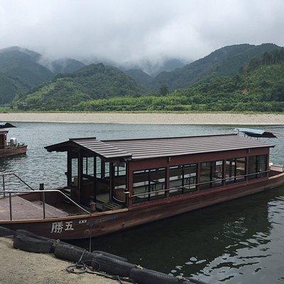 四万十川周遊の屋形船