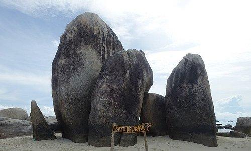 Batu Berlayar (Sailing Rock) Island