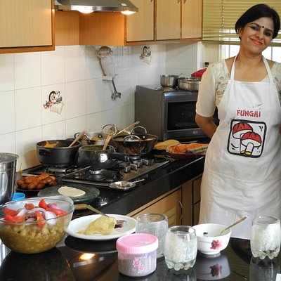 Suman, the cooking instructor in Jaipur during a vegetarian cooking session!