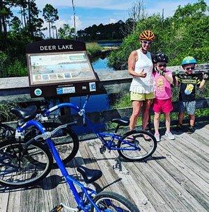 family bike ride to deer lake