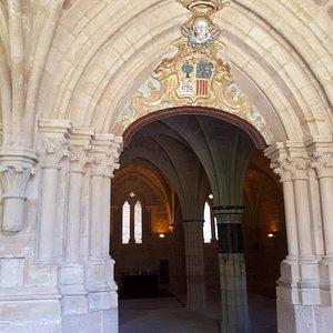 Portico de la sala del consejo monacal
