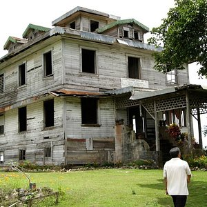 This mansion was built in the late 1800 and is now abandoned.