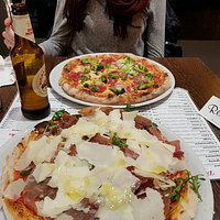Pizza Salami mir Brokkoli und Pizza Luigi