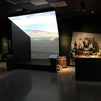 Nord-Troms Museum sin utstilling Møter - encounters - Deaivvadit - Kohtaamissii