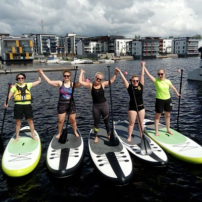Kuopio Rugby Club members try SUP