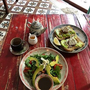 Breskfast with traditional tea