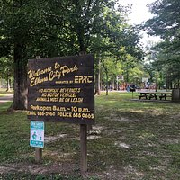 Entrance to Elkins City Park