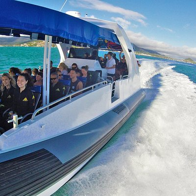 ZigZag Day Tour Departing from Airlie Beach To the Whitsunday Islands