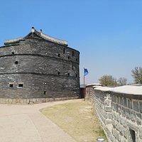 Round watchtower
