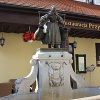 statua e fontana