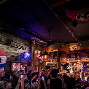 AJ's Good Time Bar #alanjackson #countrymusic #lowerbroadway #thestrayhorns #nashvilletn