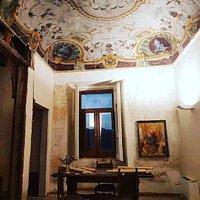 """Palazzo Baronale, camera con """"Allegoria dei Continenti""""."""