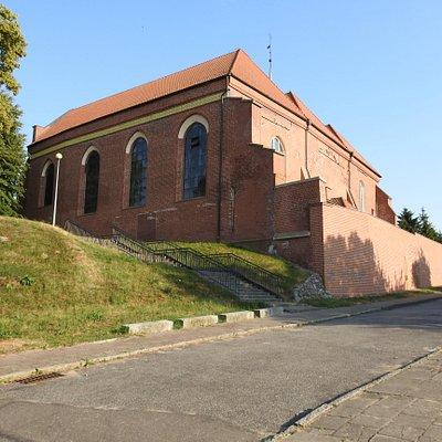 Widok kościoła Św, Jana Chrzciciela od strony Nogatu