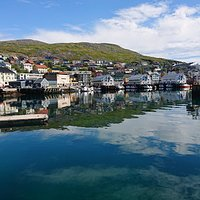 The view of Honningsvåg harbour from the museum
