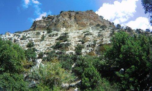Walk thru Avakas Gorge