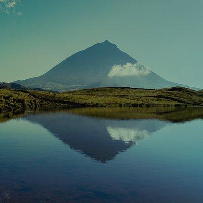 Pico Mountain 2351 m