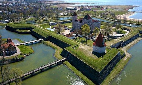 Kuressaare Castle by Andrei Kasjanenko