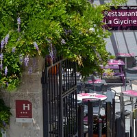 Terrasse du restaurant La Glycine
