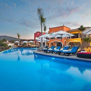 2-bedroom Villas - infinity pool