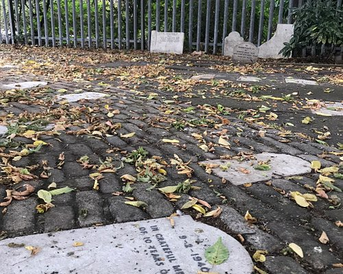 The Old Blue Cross Pet Cemetery