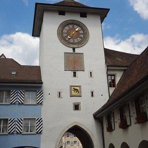 Laufen - Obertor (vue depuis le rond-point)