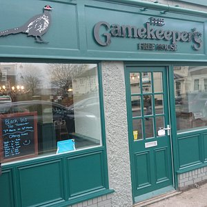 The Gamekeeper's Free House in Eastwood, Nottinghamshire. Cask ales, local brewers, lagers, craft beers, ciders and spirits.