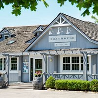 Boathouse Restaurant on Old Mission Peninsula in Traverse City