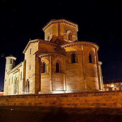 Templo románico del siglo XI
